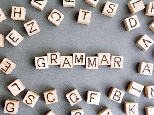 penggunaan grammar yang salah